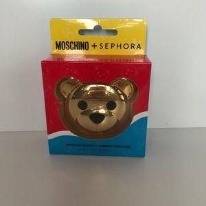Sephora + Moschino Bear Highlighter